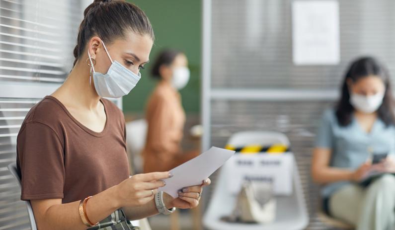 iff-Überschuldungsreport 2021 – Pandemie verschärft Situation für Überschuldete